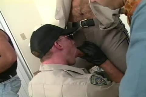 This homosexual gangbang Doesn\'t Stop Even As The Cops Show Up