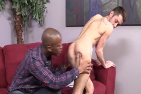 pretty Interracial rimming & plowing