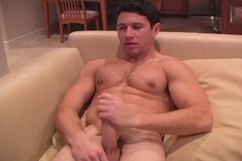 This dark Haired strong lad Enjoys His jack off