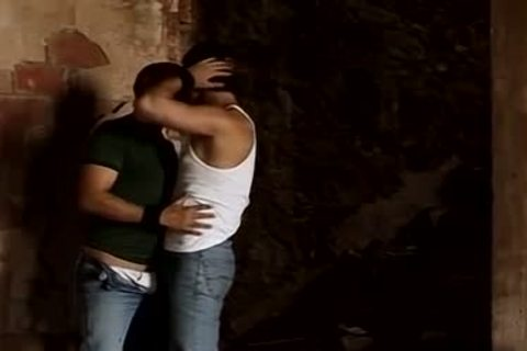 Rovitoni And Eduardo Likes Outdoor Pissing And ass plow