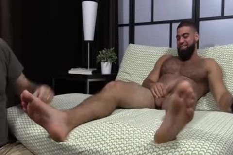 pumped up Ricky Larkin wanking Off while Toes Are Sucked