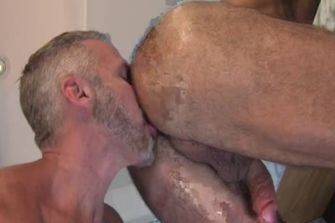 Ripped older Bears pound