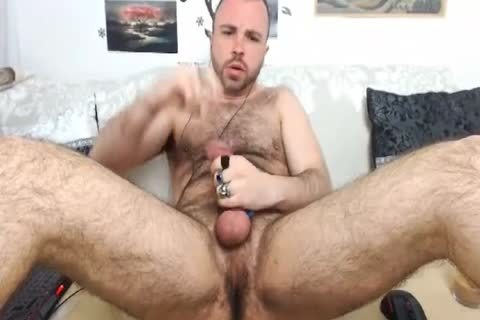 HairySexyStud. My Looks, Humor And Imagination Will Make u wanna Come one greater quantity time.