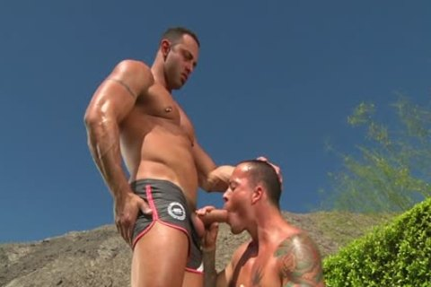 beefy Buds bang By The Pool