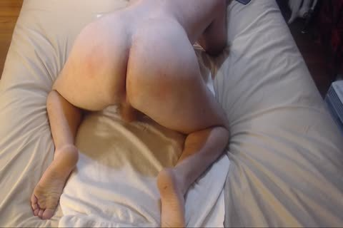 drubbing Bubble arse With ass-plug Jacking Off cum On Chest