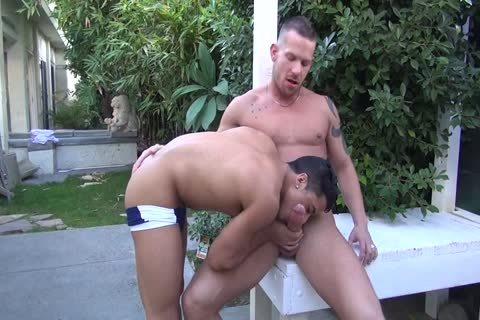 Shane Frost pounds Armond Rizzo raw