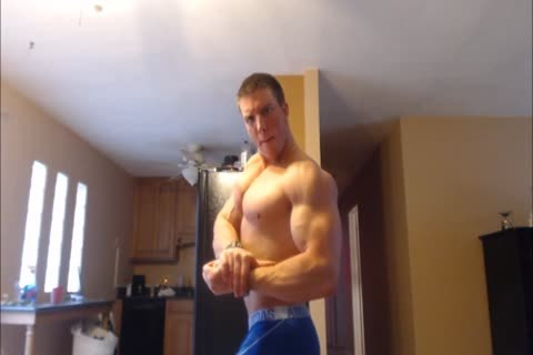 Verbal master Hunk undresses Down