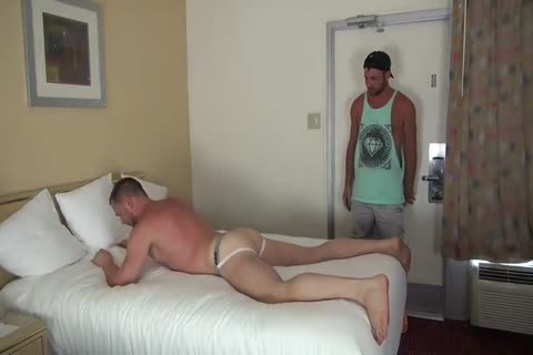 Muscle Bottom acquires Team-slammed In Hotel Room