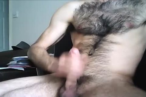 hairy Hung stud shoots A large Load