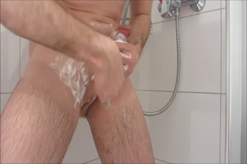 Daniel DuBelmont - Shower Shaving And Masturbation fun