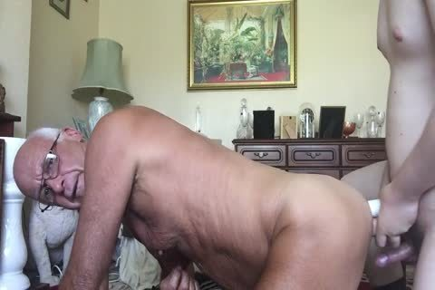 Blackloz1953 Daddy likes Been Videod And Shown Off