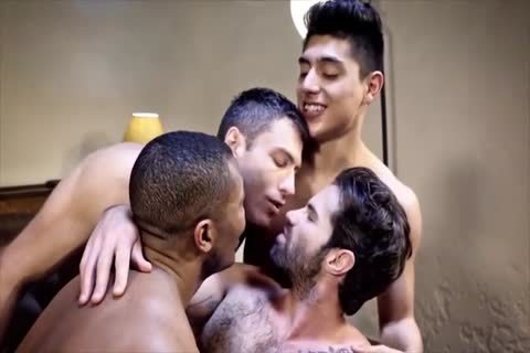 Daddy And twinks bare threesome