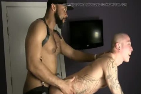 Blackman With Giga penis bonks fine asian in nature's garb
